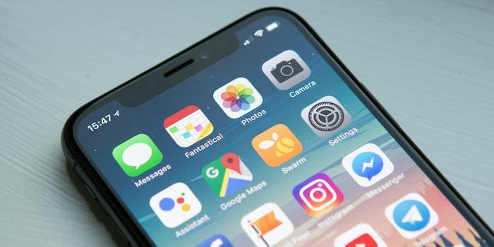 iphone x smartphone apple notch