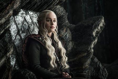 daenerys throne