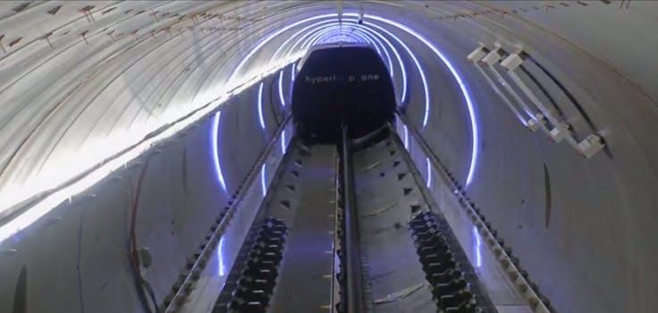 hyperloop one xp-1 pod test 200mph