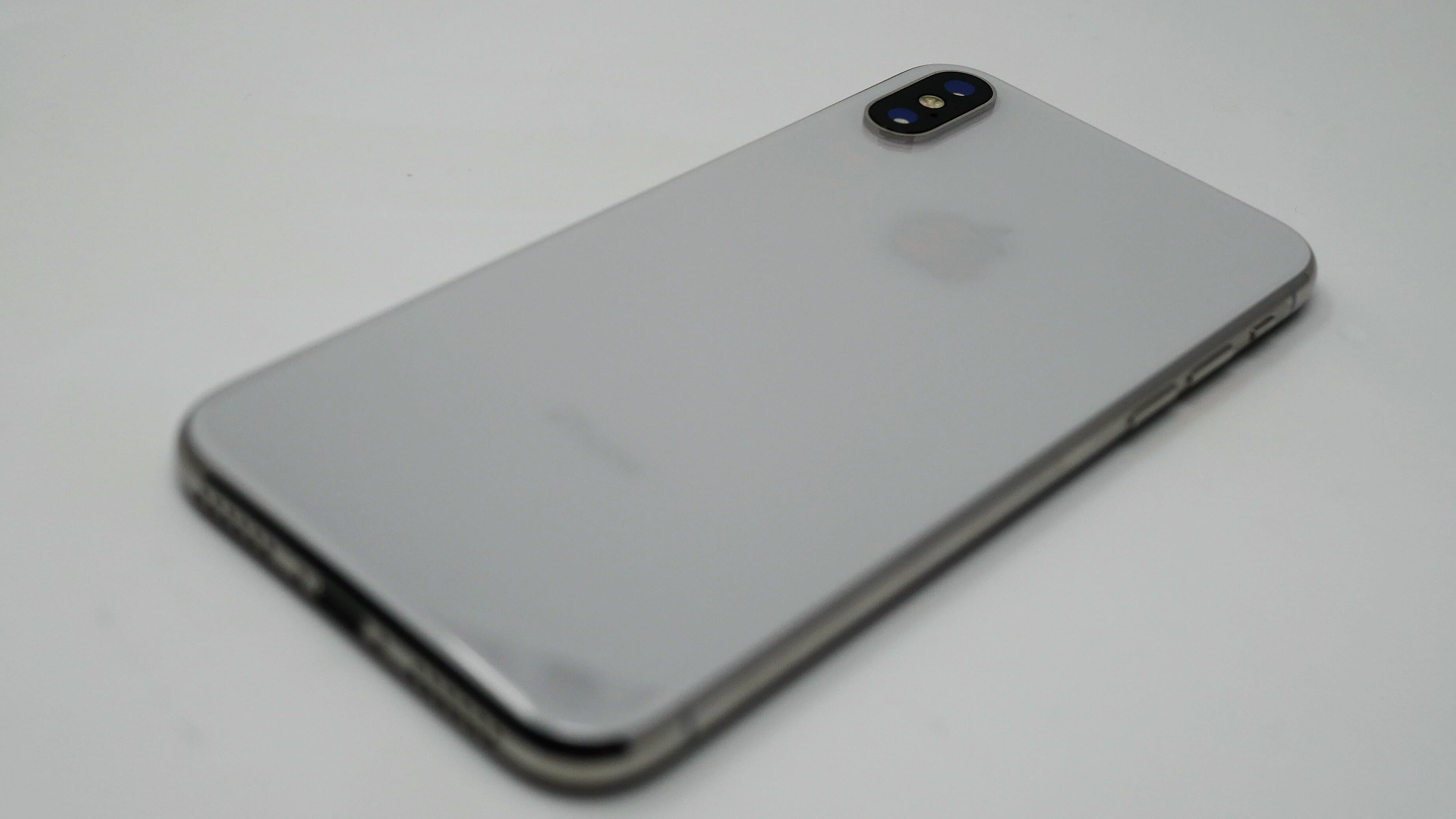 iphone x rear back review