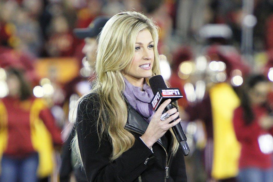 Phool aur Kankar: Fox Sportscaster Erin Andrews Awarded