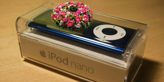 iPod nano with funeral wreath