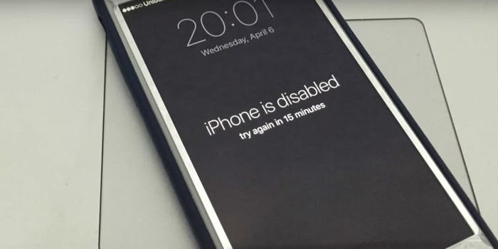 apple iphone disabled screen