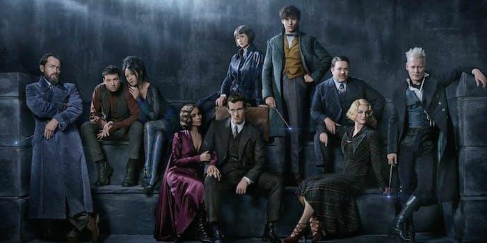 fantastic beasts Fantastic Beasts: The Crimes of Grindelwald cast photo