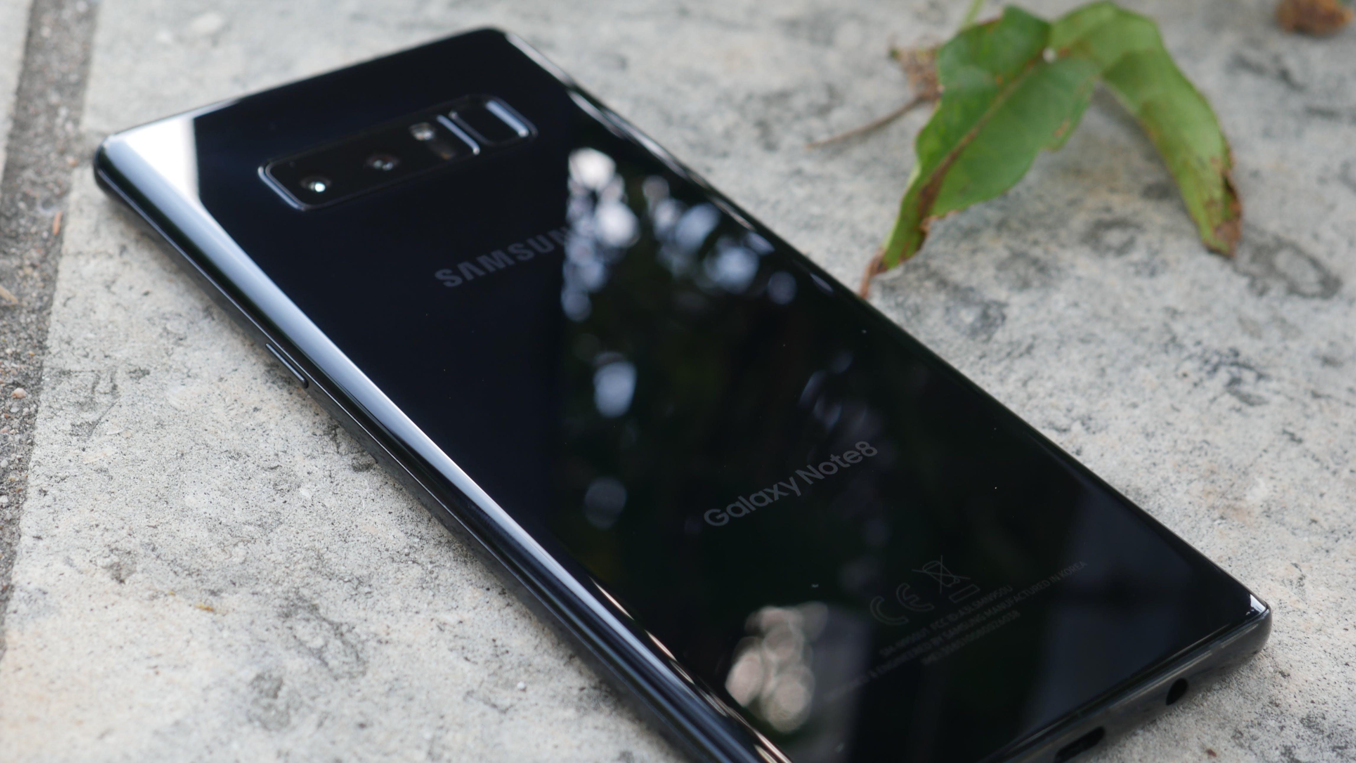 best smartphones 2018 - samsung galaxy note 8 rear