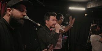 rick astley sings with canadian choir