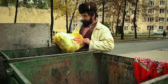 dumpster diving illegal
