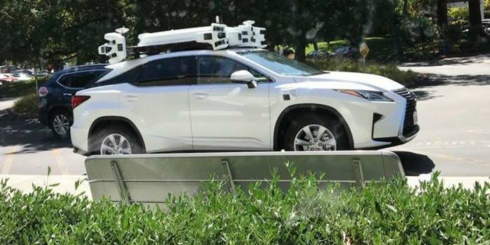 apple self-driving car project titan
