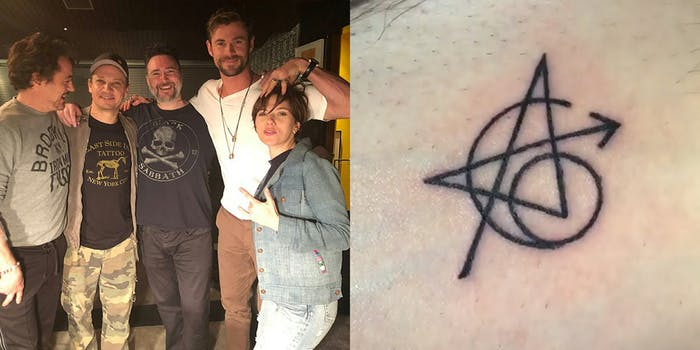 Robert Downey Jr, Jeremy Renner, Joshua Lord, Chris Evans, and Scarlett Johannson get matching tattoos