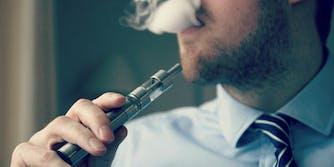 e-cigarette e-cig vaping vape pen