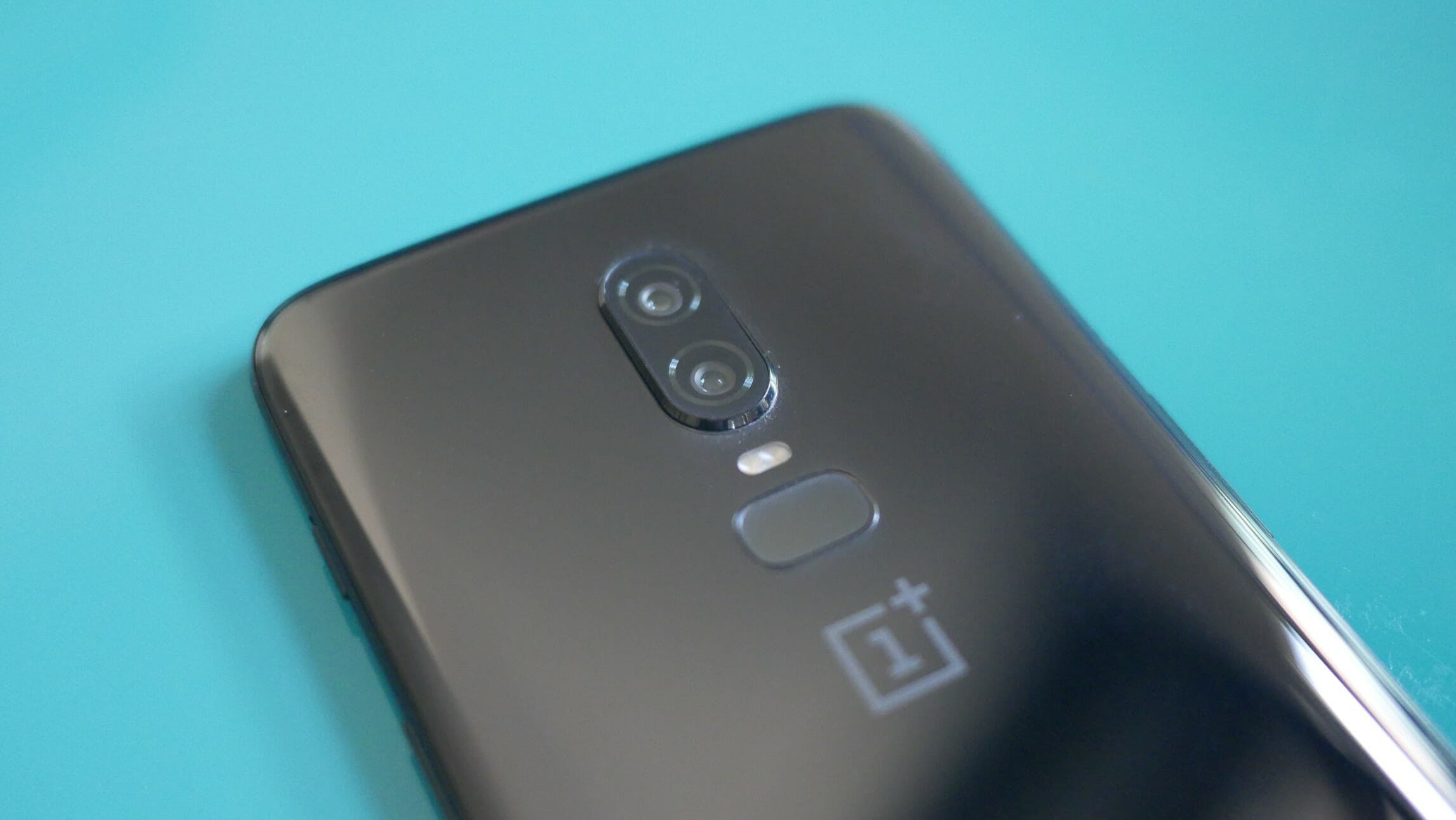 oneplus 6 smartphone fingerprint sensor dual camera