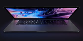 MacBook Pro 2018 display partially open
