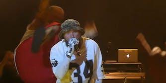 Fred Durst Limp Bizkit Shaggy 2 Dope drop kick