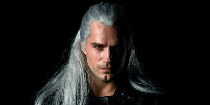 henry cavill witcher look