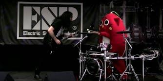 nyango star drummer cat