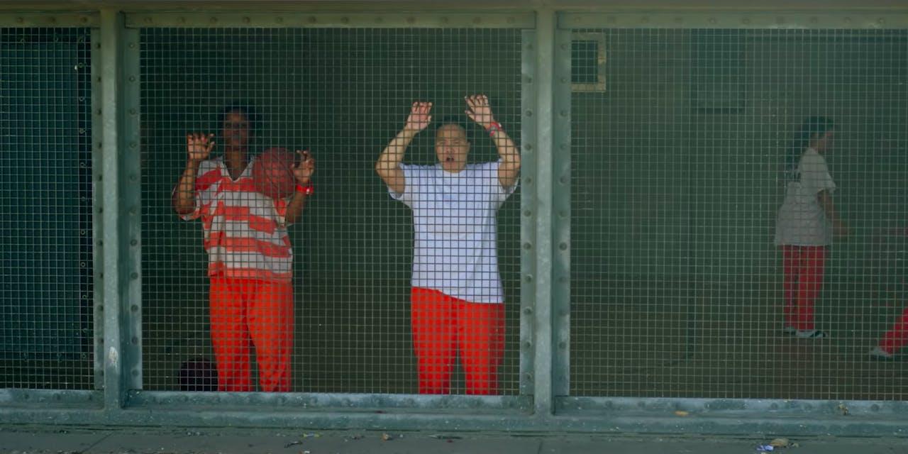 netflix jailbirds review