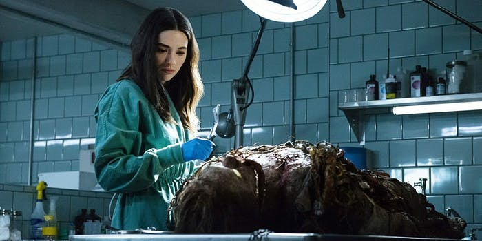 swamp thing tv review