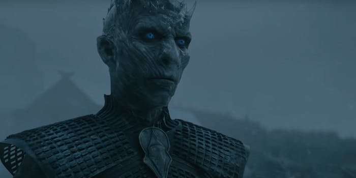 white walkers return featured