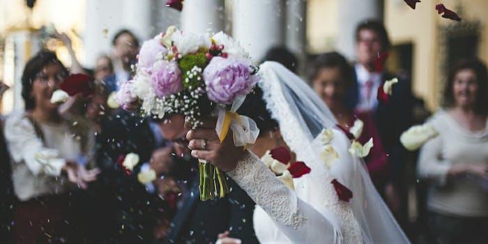 grooms-mother-tricks-wedding-guests