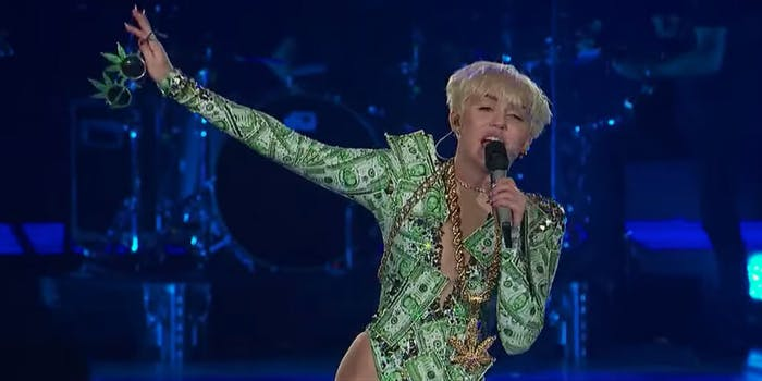 miley-cyrus-hip-hop-comments-apology
