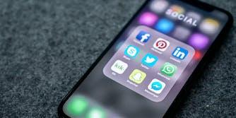 visa-applicants-social-media-accounts