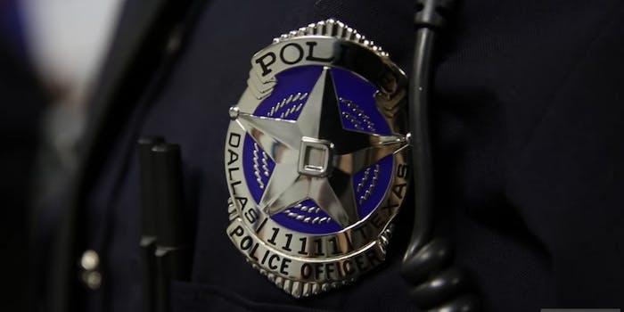 25-dallas-officers-facebook-posts