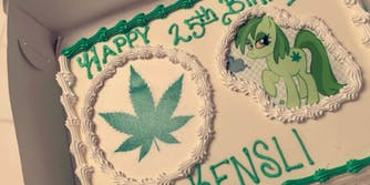 marijuana-moana-cake