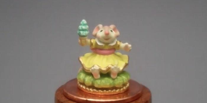 reddit-mouse-figurine-family