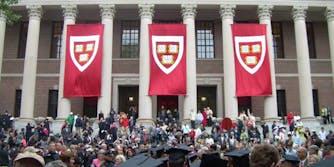 Harvard Deportation Freshmen Visa