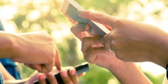 teens sexting