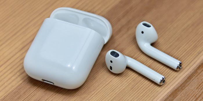 best airpod charging case