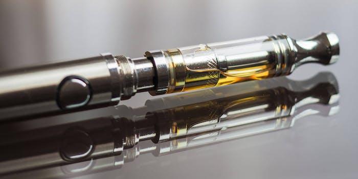 cannabis oil vaping pen cartridge