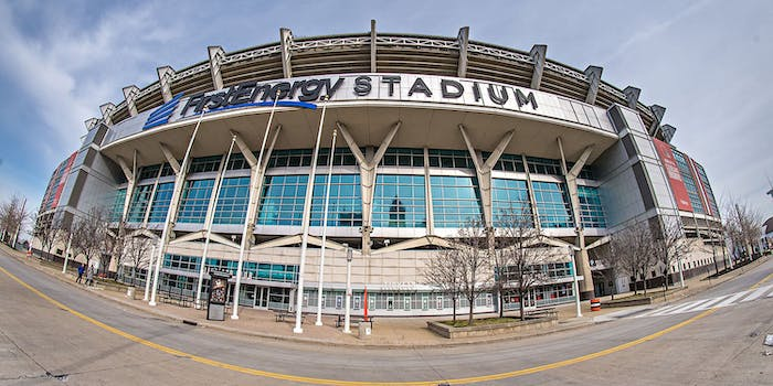 first energy stadium watch browns vs rams live stream