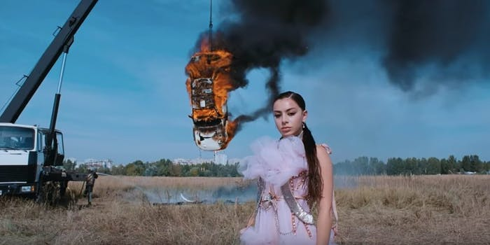 charlie-xcx-air-pollution-music-video-backlash