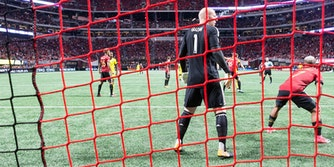brad guzan how to stream atlanta united vs toronto fc mls playoffs