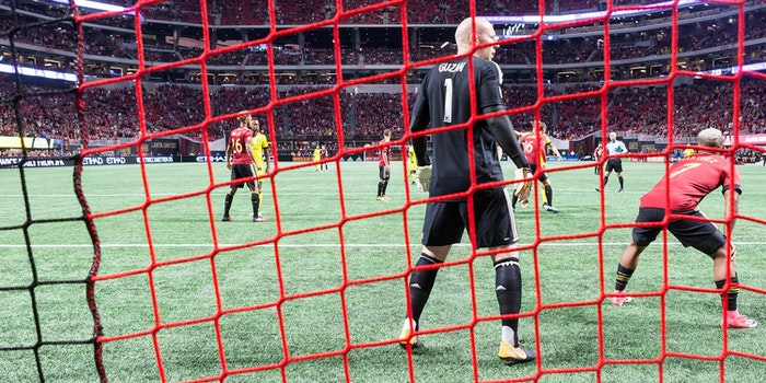 brad guzan how to stream atlanta united vs toronto fc mls playoffs
