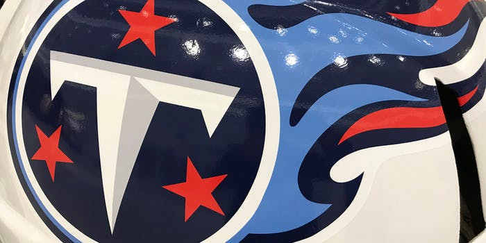 how to watch chargers vs titans nfl live stream