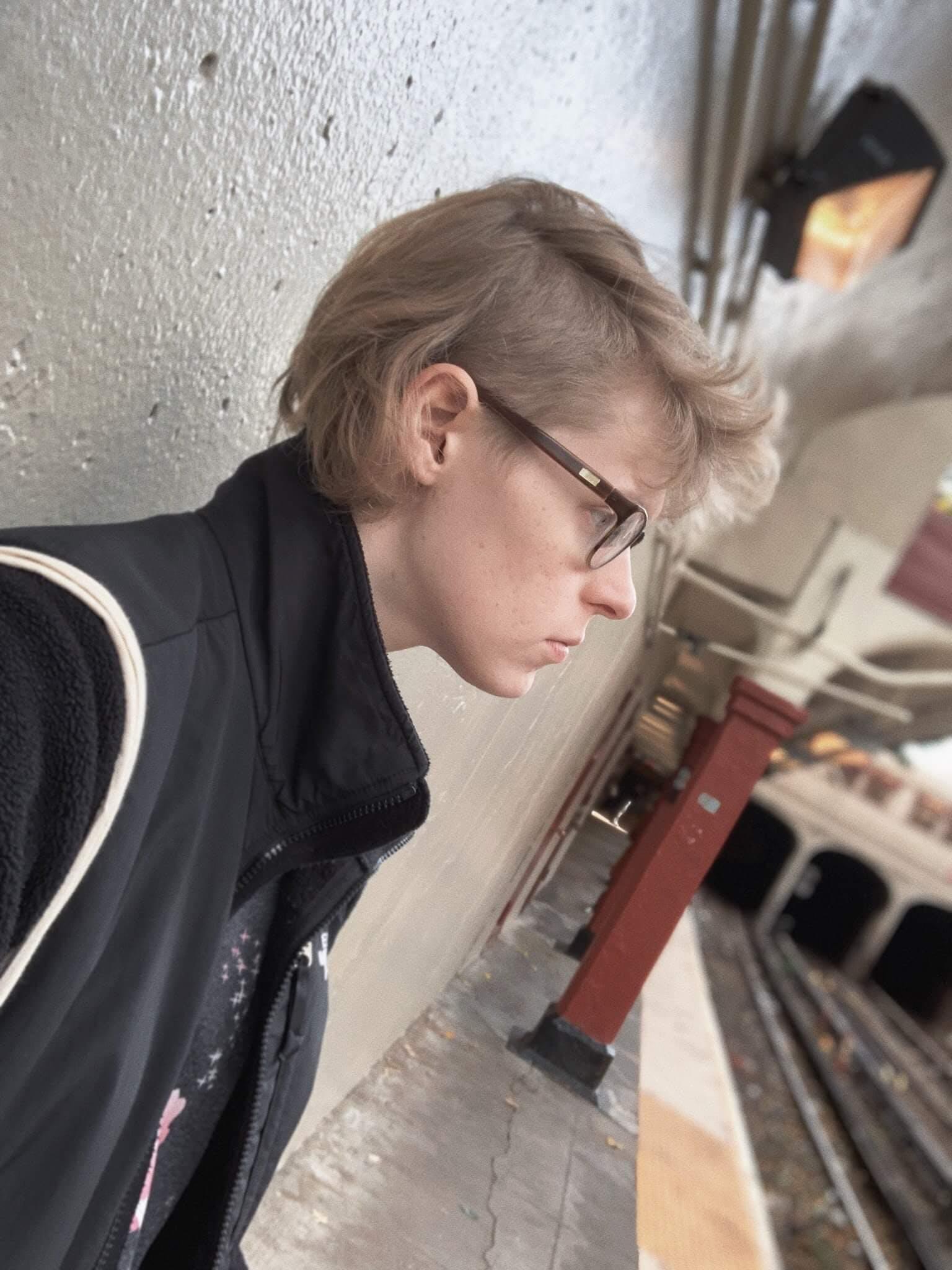 Ana Valens Selfie 2019