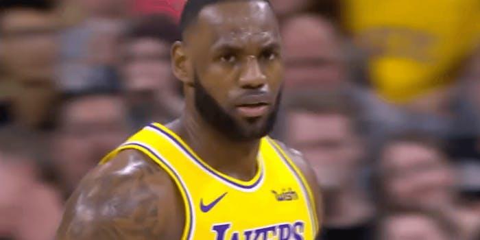 Lakers Pelicans streaming