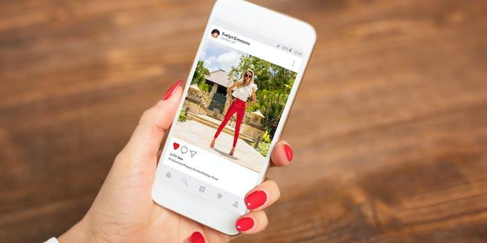 instagram test hiding likes