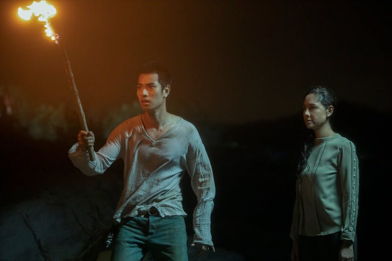 The Stranded review Netflix - cave