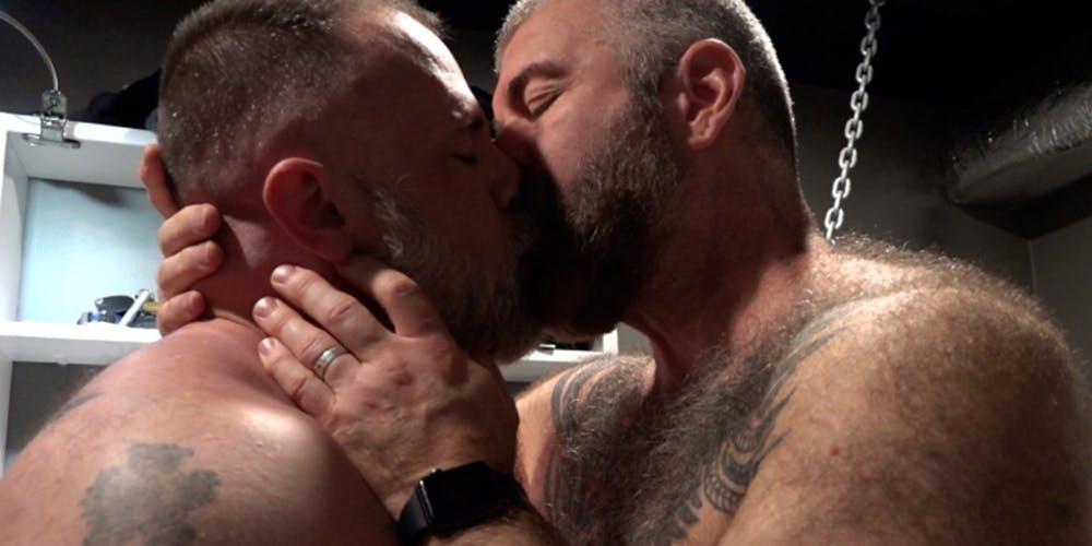 best gay bear porn - muscle bear porn
