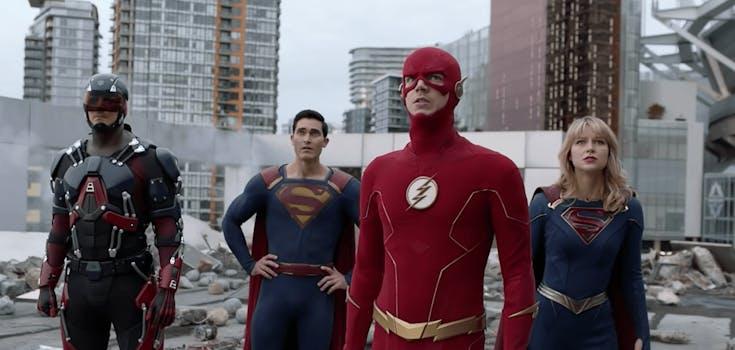 crisis on infinite earths the flash super man super girl
