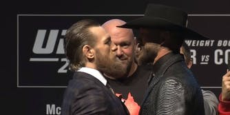 Conor McGregor vs Cowboy Cerrone live stream