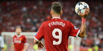 Roberto Firmino readying for throw-in