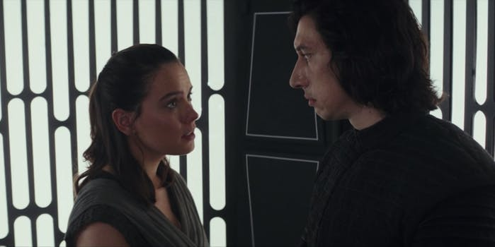 reylo kiss star wars