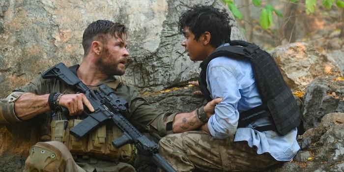 Netflix Extraction Chris Hemsworth