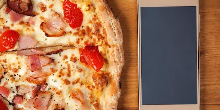 domestic abuse pizza 911 call