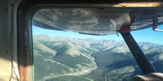 plane flight window