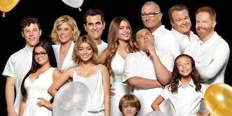 stream modern family series finale